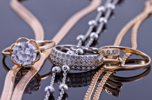 45646901 - jewelry sets of gold and silver: chain and ring